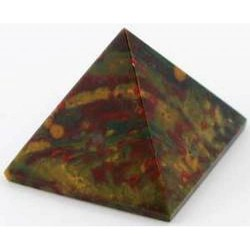 Bloodstone Pyramid 25-30mm
